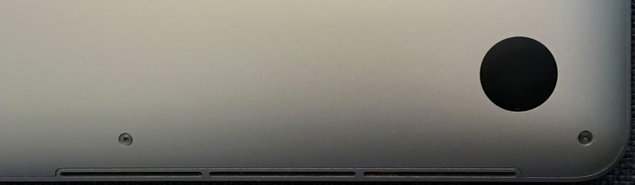 retina macbook pro bottom vent